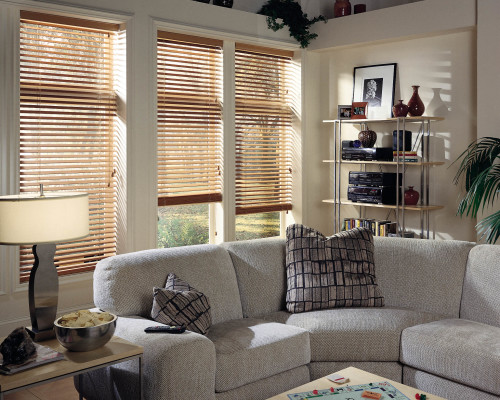 real_wood_blinds_family_room
